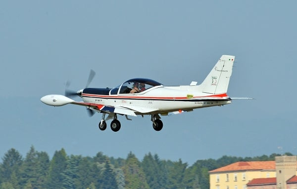 SF-260TP trainer