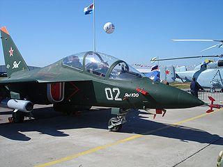 Yakovlev_Yak-130_MAKS_2005